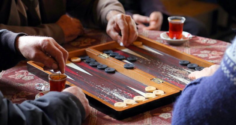 Backgammon Gambling