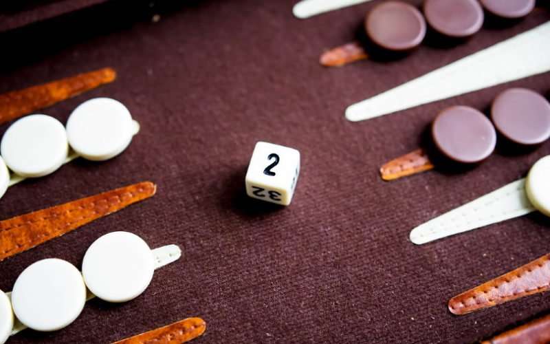 Backgammon Gambling and Doubling Cube